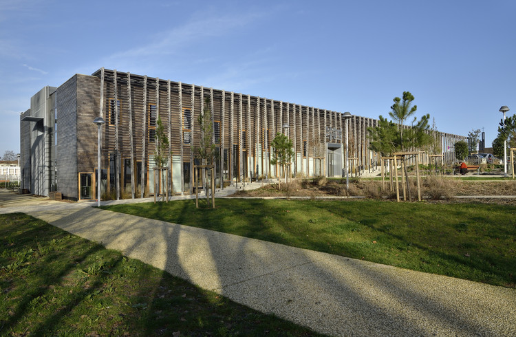 Centro Comunitário La Queue du Lézard / Rue Royale Architectes, © Philippe Maillot