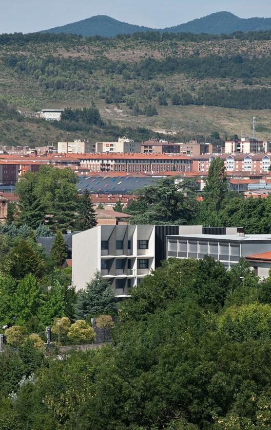 Nuevo edificio para el colegio el redin en pamplona otxotorena arquitectos archdaily m xico - Arquitectos en pamplona ...