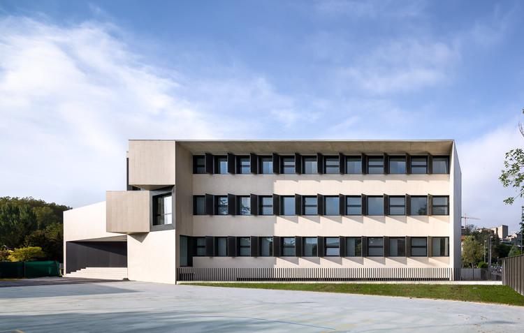 Nuevo edificio para el colegio el redin en pamplona otxotorena arquitectos plataforma - Arquitectos en pamplona ...