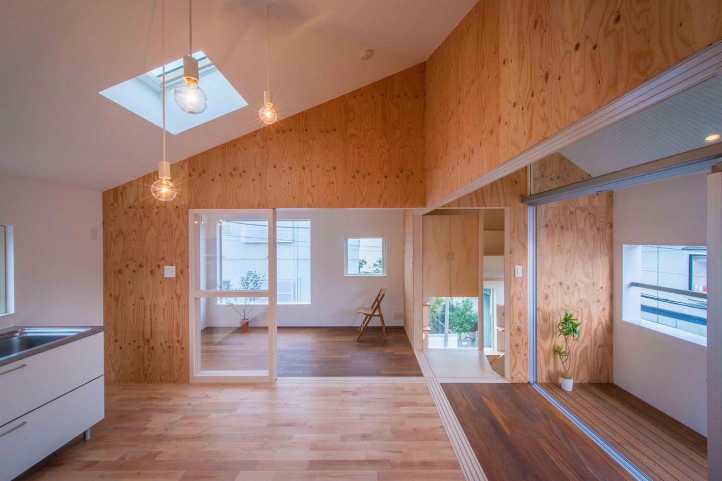 House in Kitakarasuyama / Mizuishi Architect Atelier, © Hiroshi Tanigawa