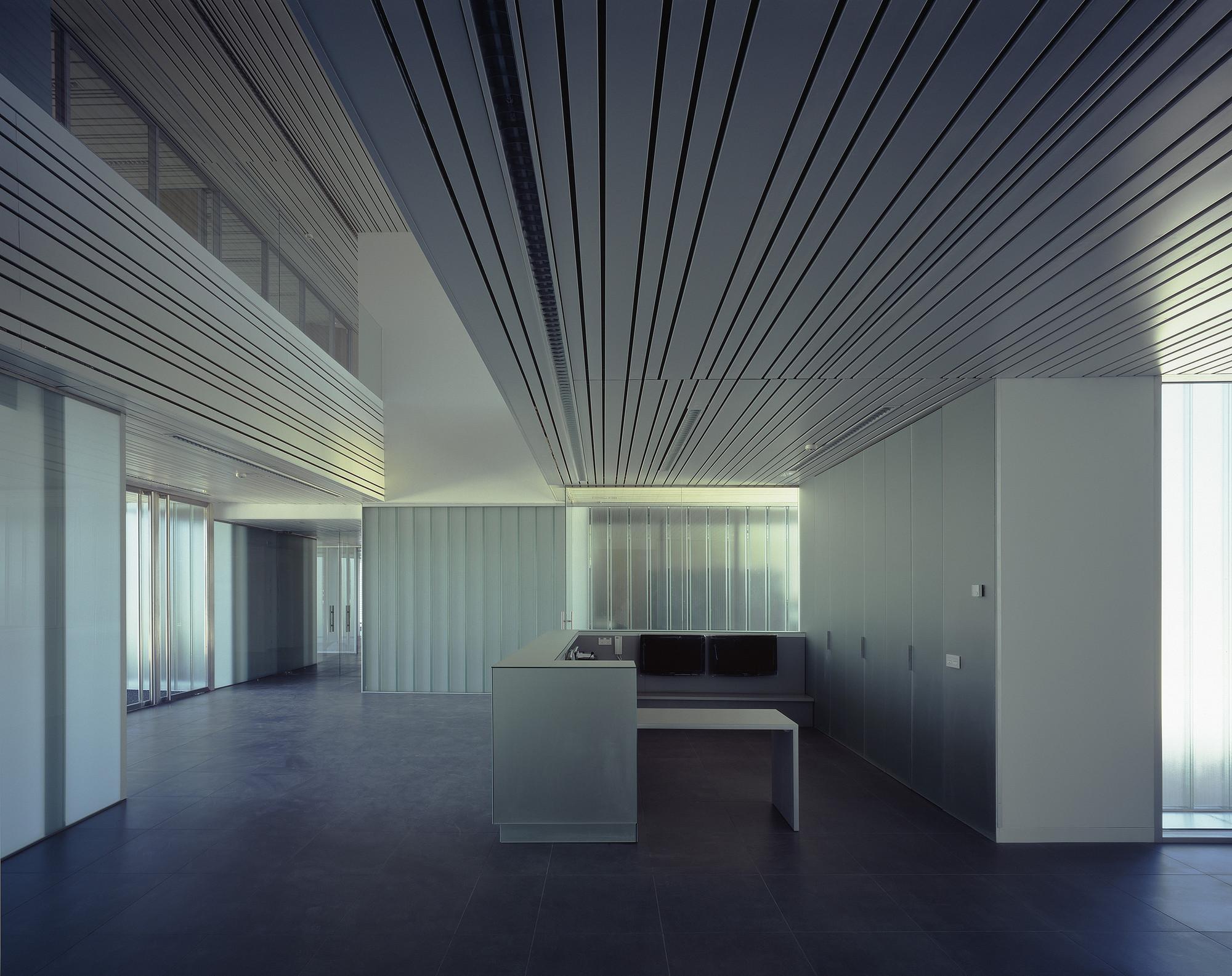 Gallery of police headquarters in logro o matos castillo - Arquitectos logrono ...