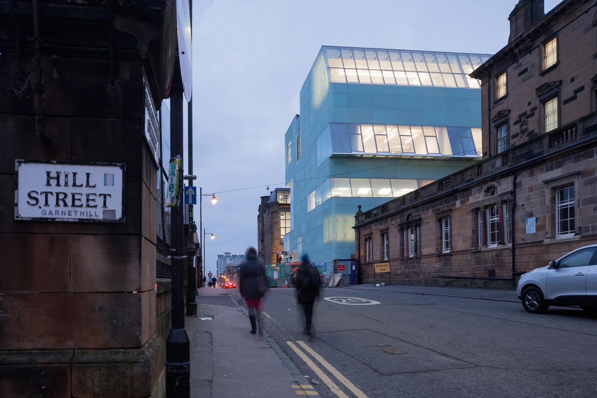 Seona Reid Building / Steven Holl Architects, © Iwan Baan