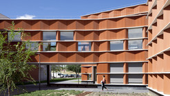 Building Carmen Martín Gaite / Estudio Beldarrain