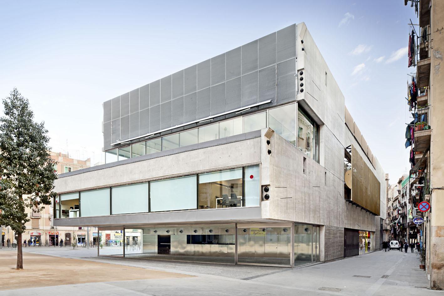 Film theatre of catalonia mateo arquitectura archdaily - Arquitectura barcelona ...