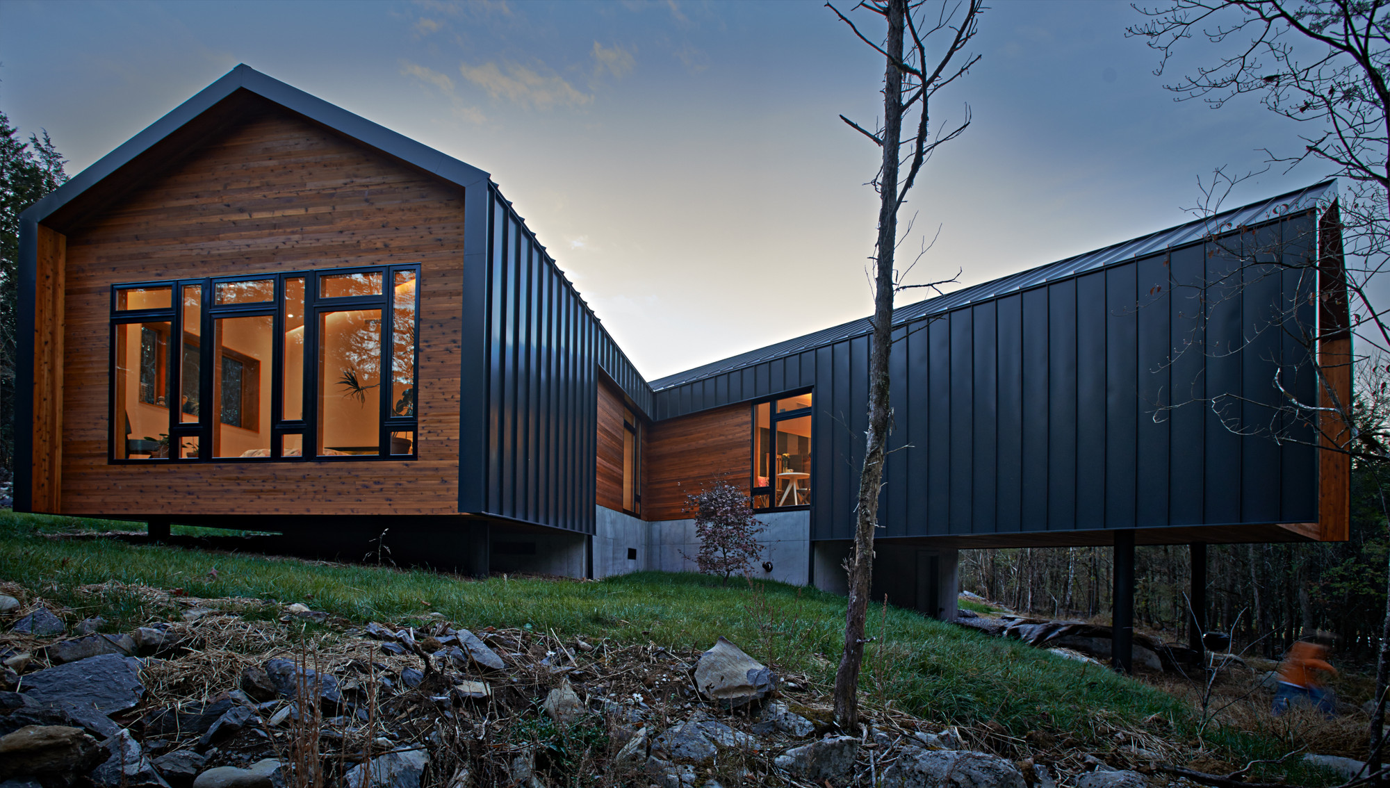 Holston River House / Sanders Pace Architecture, © Bruce Cole Photography