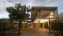 Flotando en el Espacio / W design architecture studio