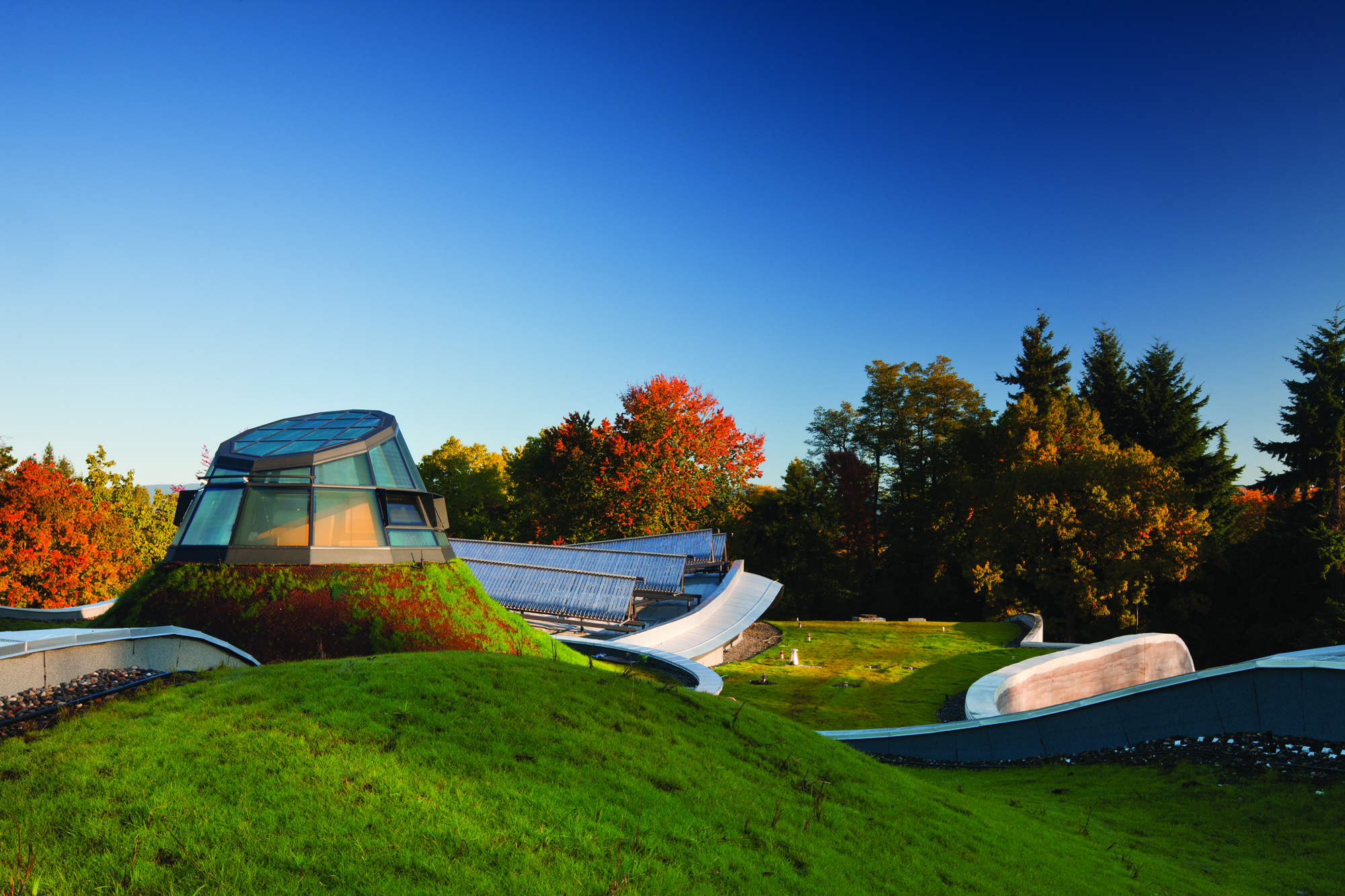 RAIC Honors Peter Busby with Gold Medal, VanDusen Botanical Garden Visitor Centre / Perkins+Will