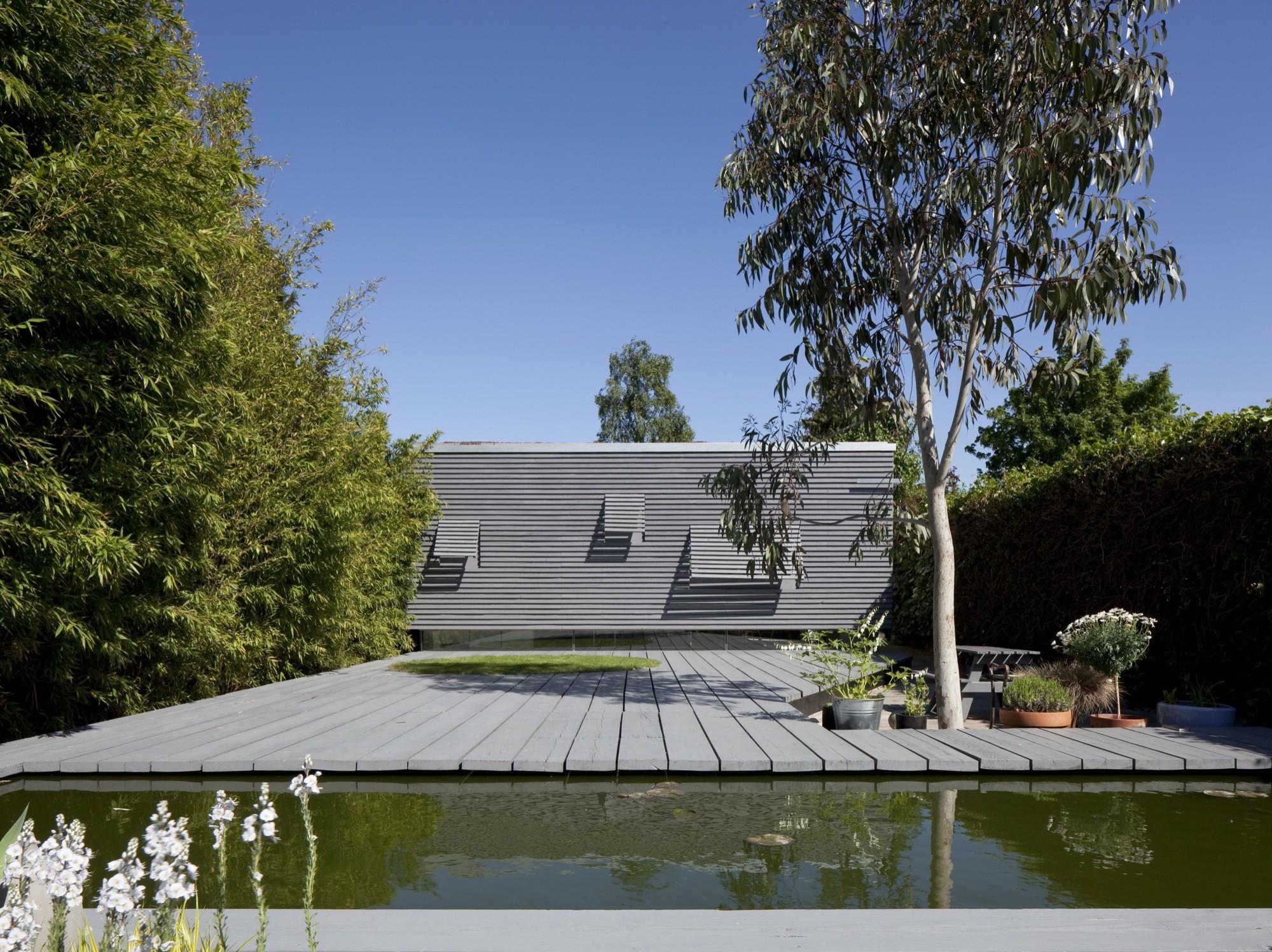 Suburban Studio / Ashton Porter Architects