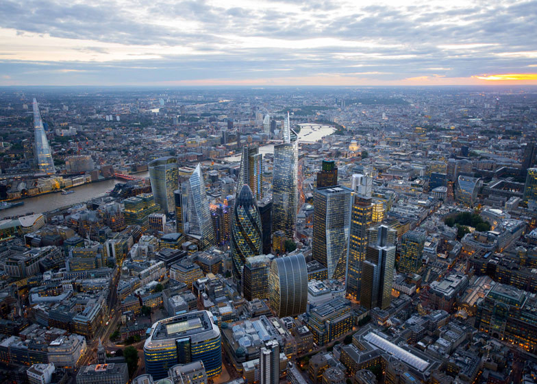 London's Impending Tall Building Boom, Central London as it will look when all current projects are completed.. Image Courtesy of CPAT / Hayes Davidson / Jason Hawkes