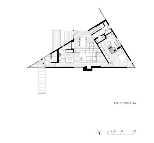 Komai residence robert m gurney architect archdaily for Triangular house floor plans