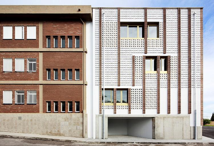 Extensión de la Escuela Secundaria  / SMS Arquitectos, © Jose Hevia
