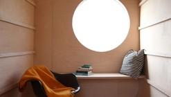Construction Trailer Transformed Into Small Dwelling / Karel Verstraeten