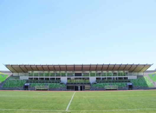 Remodelación Estadio Elias Figueroa Brander de Valparaiso / Gerardo Marambio + Claudio Aceituno + Mauricio Carrión + Claudio Palavecino