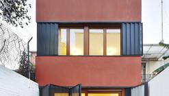 Casa Pátio Vertical / Estudi NAO