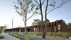 Fitzgibbon Community Center  / Richard Kirk Architect