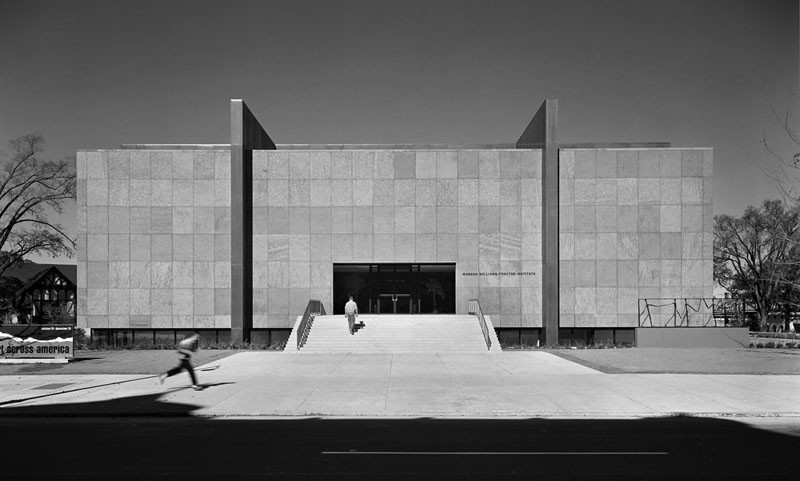 AD Classics: Munson-Williams-Proctor Arts Institute / Philip Johnson, © Ezra Stoller/Esto