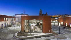 Henderson-Hopkins School / Rogers Partners