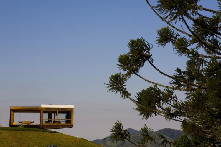 Anunciados os vencedores do 1° Prêmio de Arquitetura Akzo Nobel, Casa Grelha. Image Cortesia de FGMF
