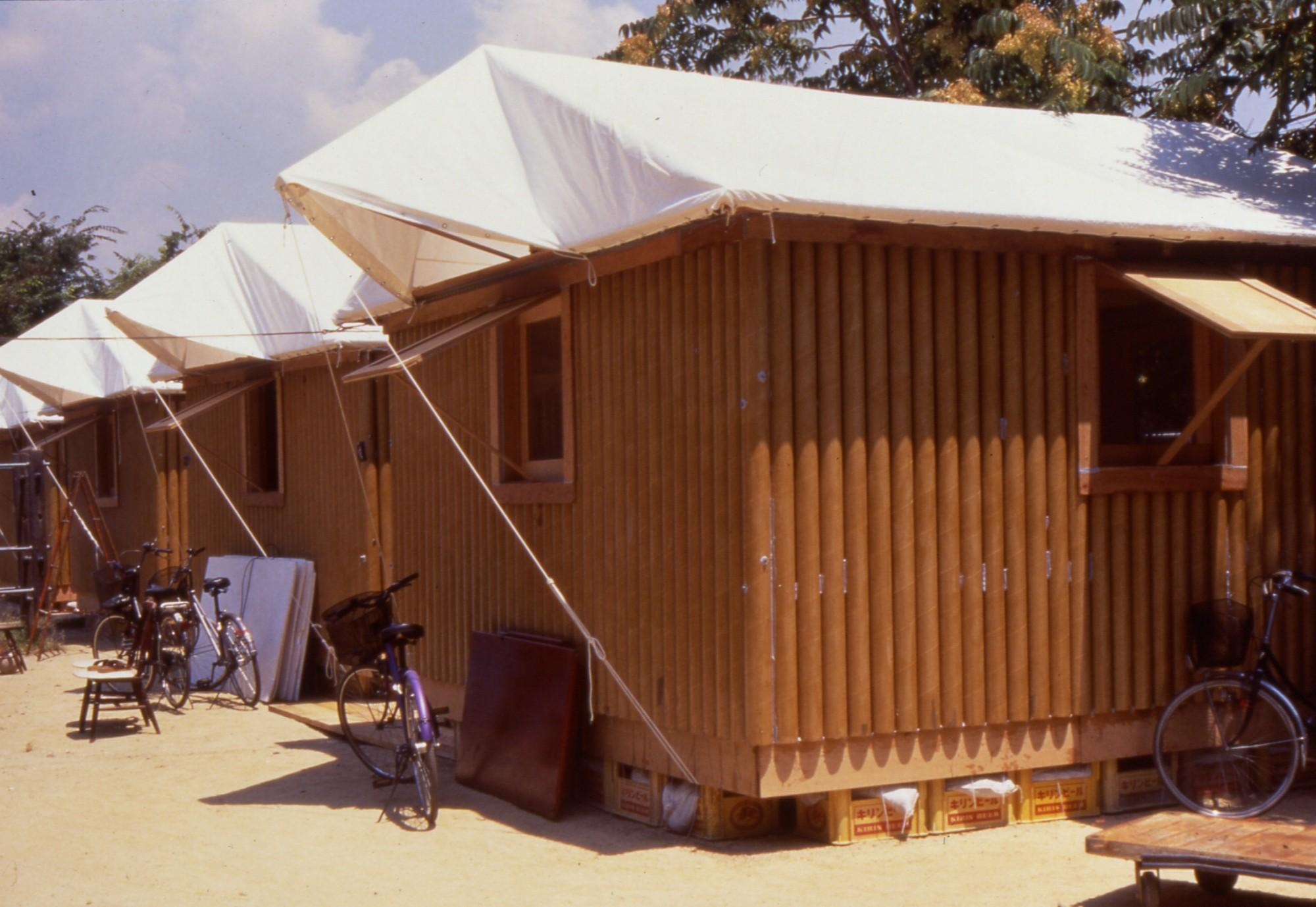 Fabulous The Humanitarian Works Of Shigeru Ban Archdaily Home Interior And Landscaping Sapresignezvosmurscom