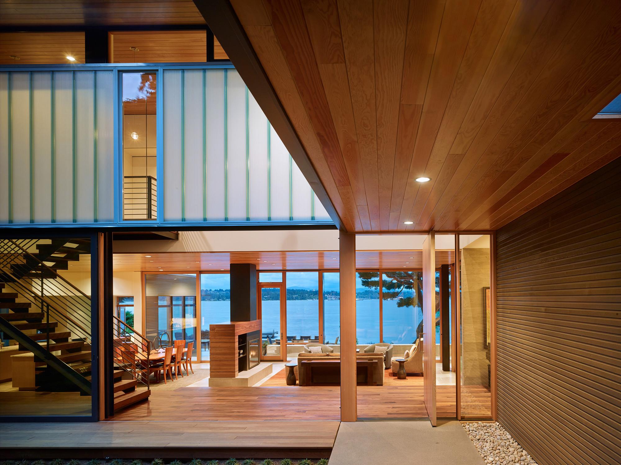 Courtyard House / DeForest Architects
