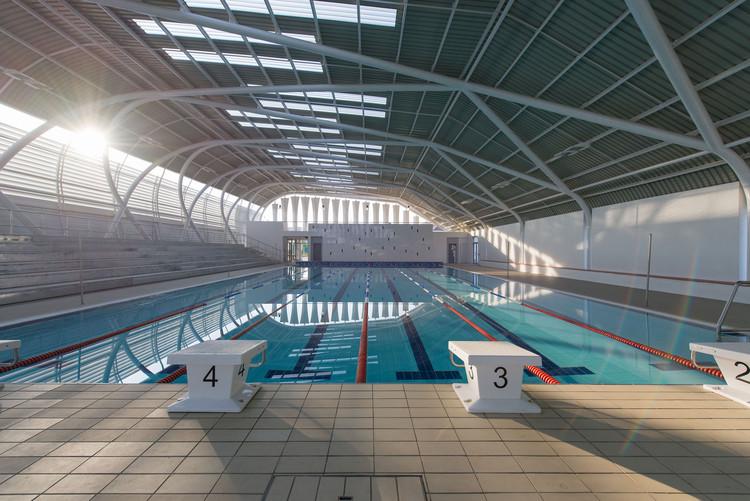 AISJ Aquatic Center / Flansburgh Architects, © Stephen O'Raw