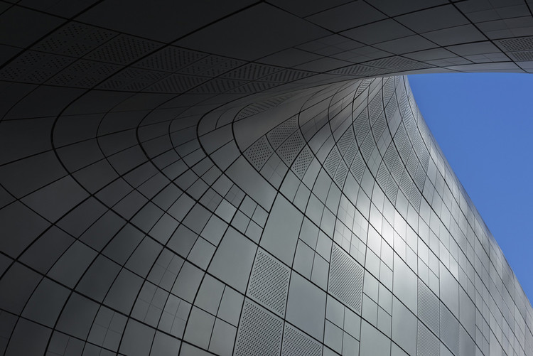 Dongdaemun Design Plaza Zaha Hadid Architects Archdaily