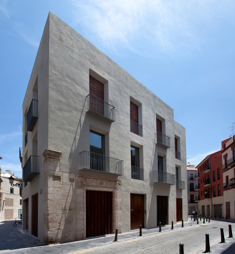 Habitação-Estúdio Em El Carmen  / Ramón Esteve, © Fernando Alda