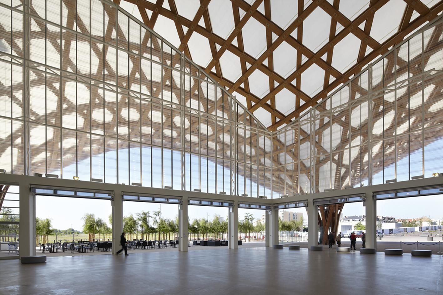 Centre Pompidou-Metz / Shigeru Ban Architects | ArchDaily