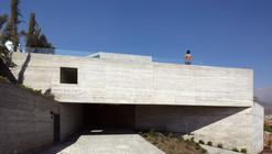 Casa mirador de Los Dominicos / Mario Carreño Zunino & Piera Sartori del Campo