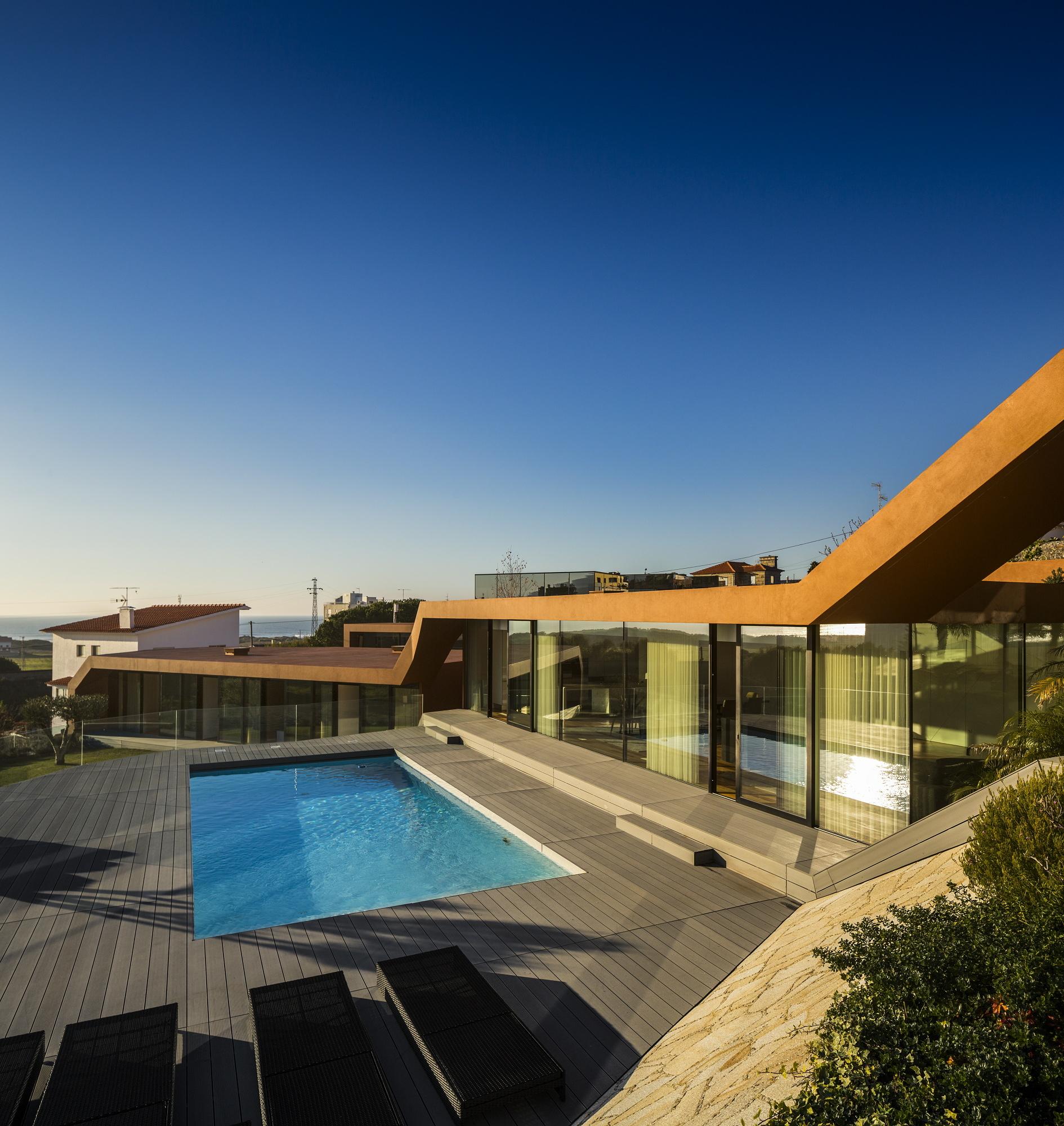 Afife Houses / António Fernandez Architects