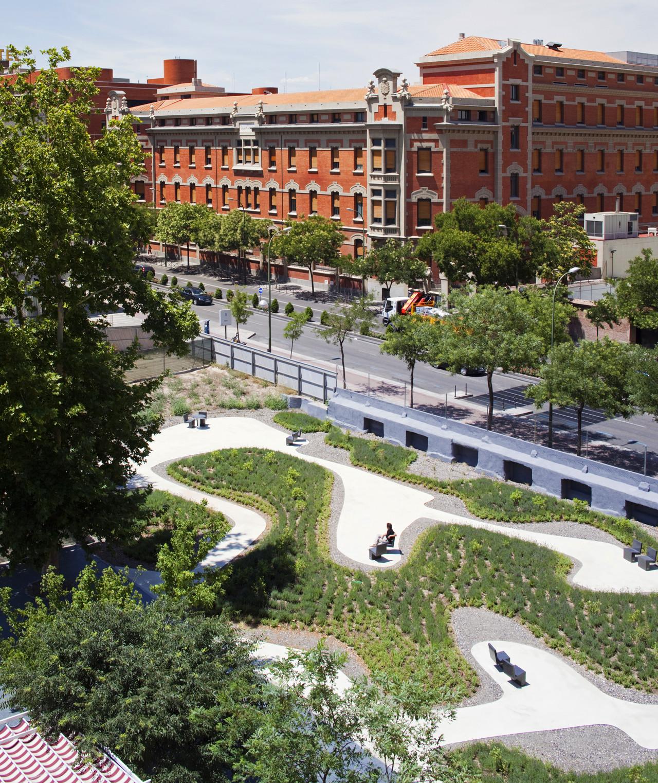 Galeria de arquitetura e paisagem jardim do lar de idosos for Cd market galeria jardin