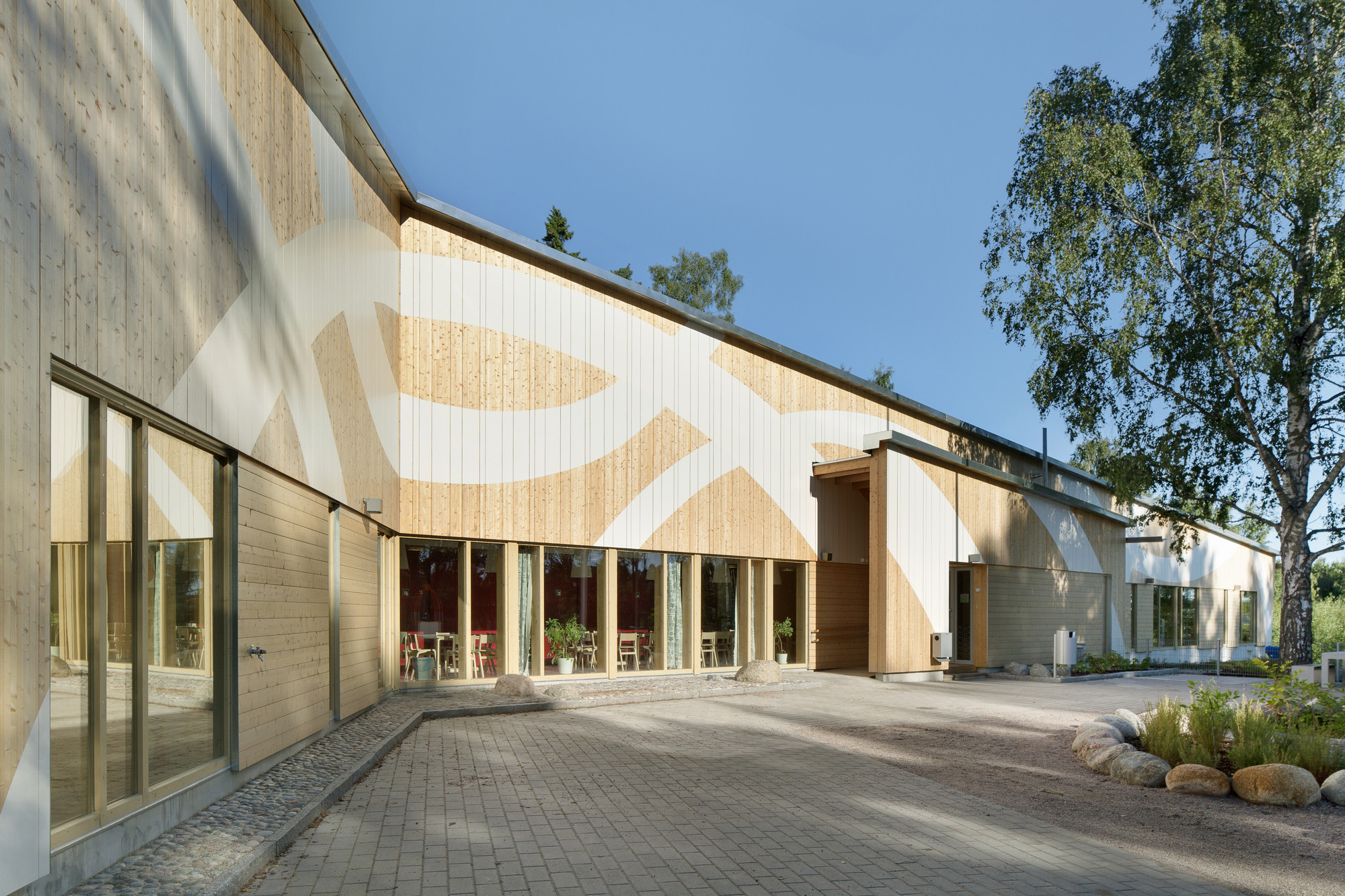 Omenapuisto Day-Care-Center / Hakli Architects