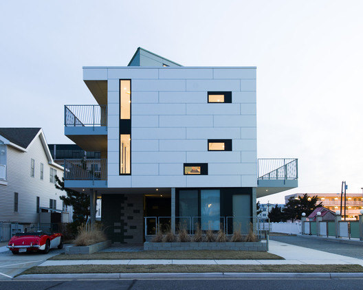Residencia Jade / E/L Studio