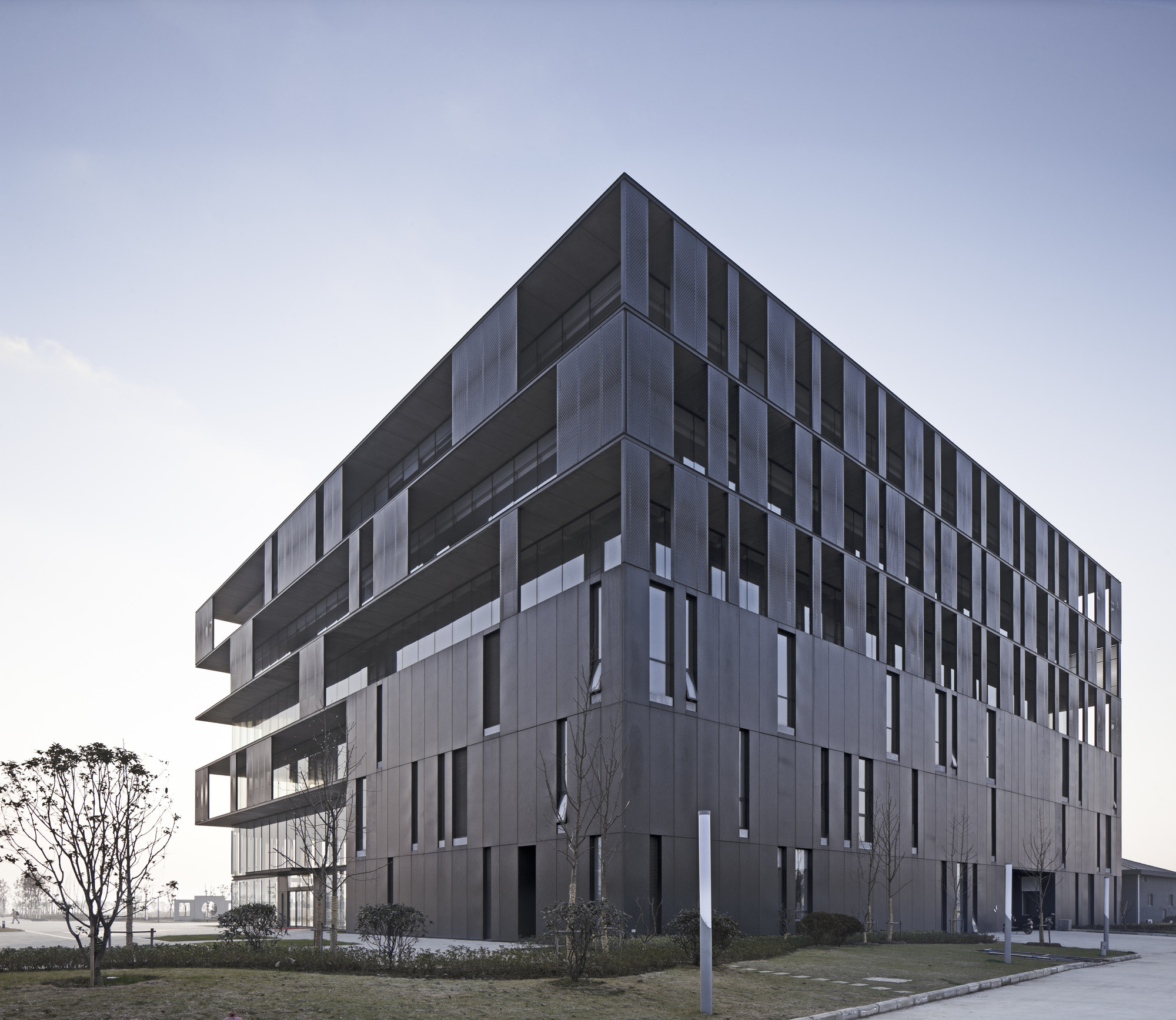 Wuxi Memsic Semiconductor Headquarter / UDG China, Courtesy of UDG China