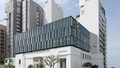 Escola de Artes Visuais / BARCLAY&CROUSSE Architecture