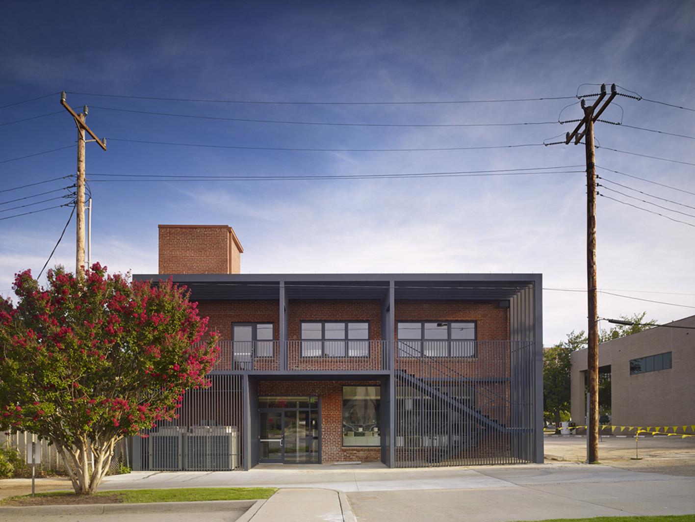 Lingo Construction Services / Elliott + Associates Architects, © Scott McDonald - Hedrich Blessing