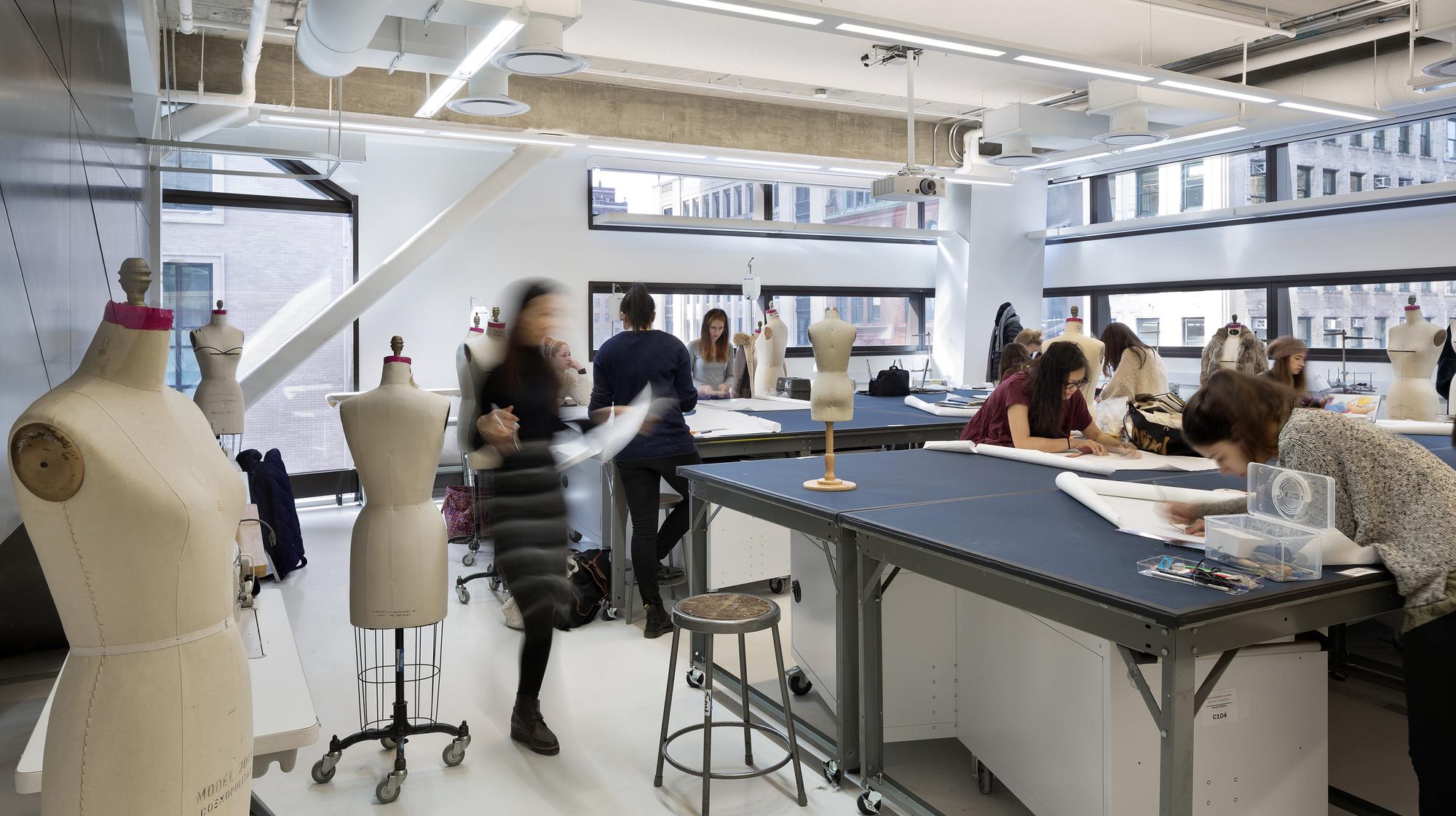 Fashion Designer Education And Training