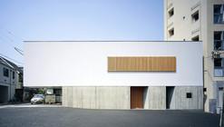 Switch Residence / APOLLO Architects & Associates