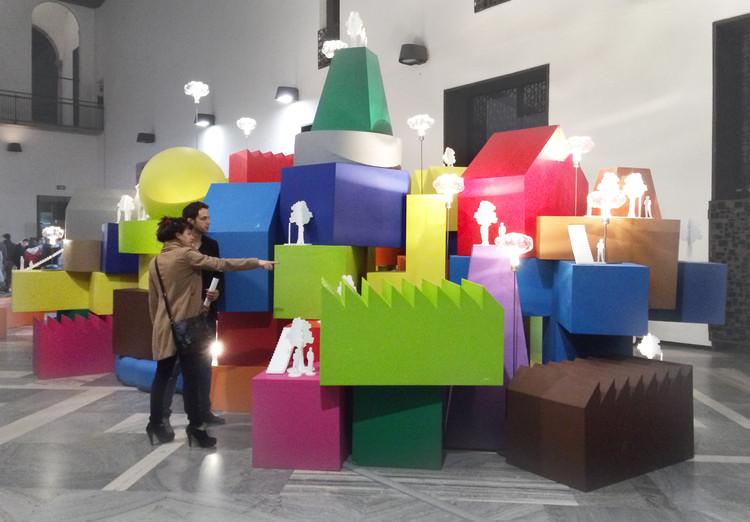 "MVRDV expõe série de mobiliário ""Vertical Village"" na Semana de Design de Milão, Vertical Village in Milan. Image © Gili Merin"