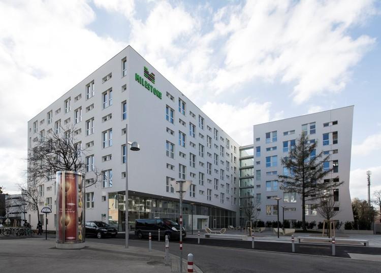 Milestone Student Housing / Ernst Hoffmann Ziviltechniker + Josef Weichenberger architects + Partner, © Erika Mayer