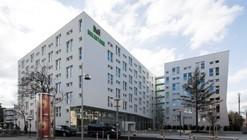 Milestone Student Housing / Ernst Hoffmann Ziviltechniker + Josef Weichenberger architects + Partner