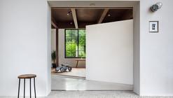 Scandinavian Middle  / Kichi Architectural Design