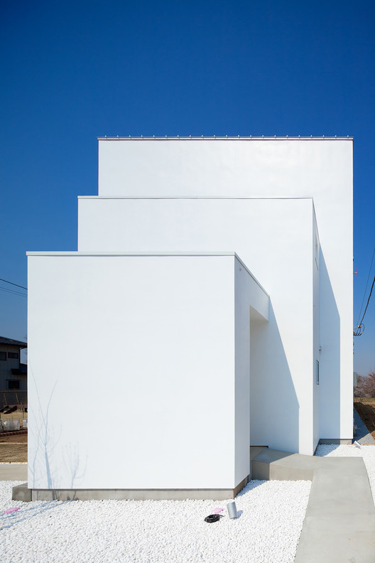 The House Reflecting Ripples  / Kichi Architectural Design, © Ippei Shinzawa
