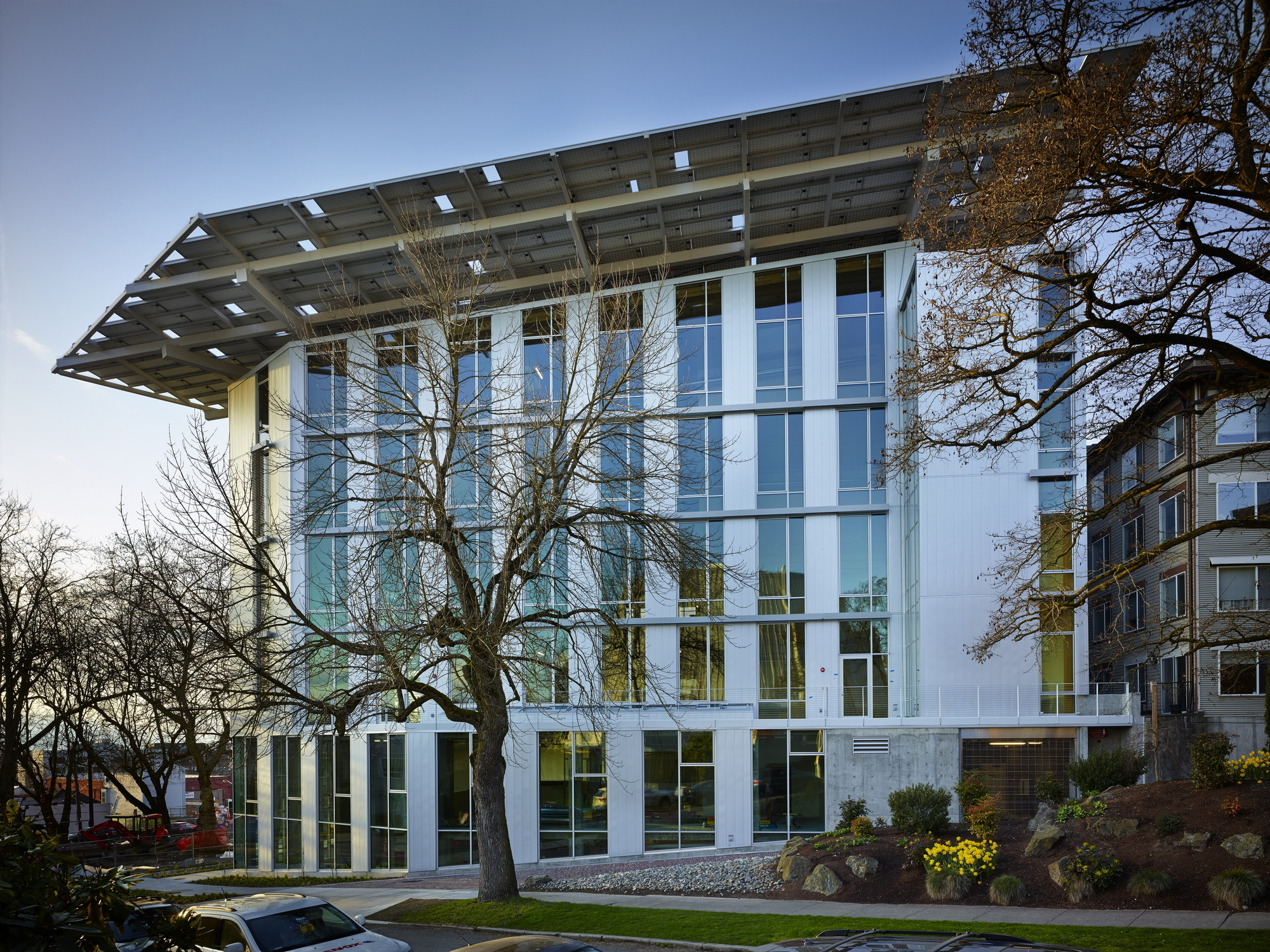 Robert Hull, Co-Founder of the Miller Hull Partnership, Dies at 68, The Bullitt Center, the World's Greenest Commercial Building. Image Courtesy of The Miller Hull Partnership