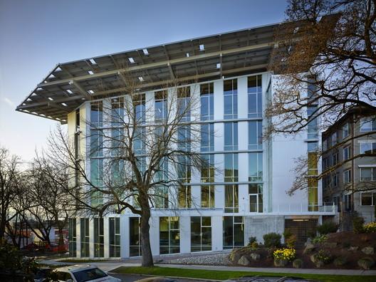 The Bullitt Center, the World's Greenest Commercial Building. Image Courtesy of The Miller Hull Partnership