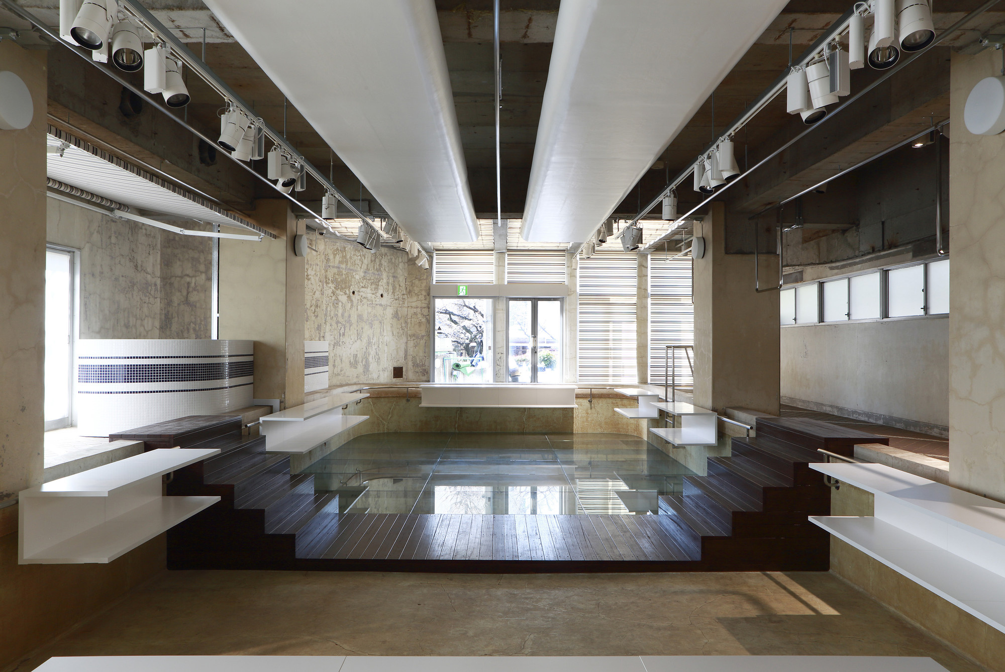 The Pool Aoyama Nobuo Araki Archdaily