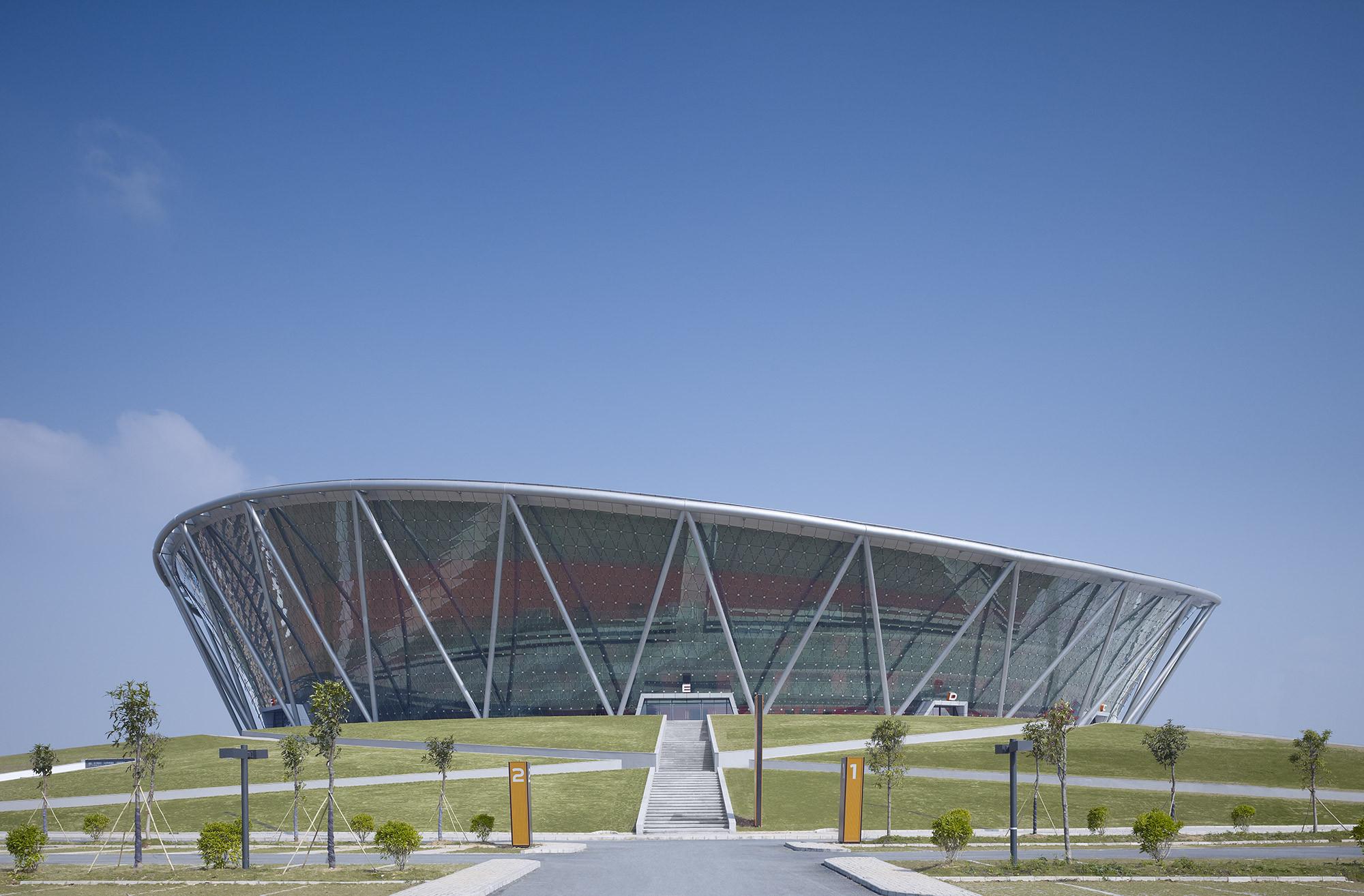 Basketball Stadium in Dongguan / gmp architekten, © Christian Gahl