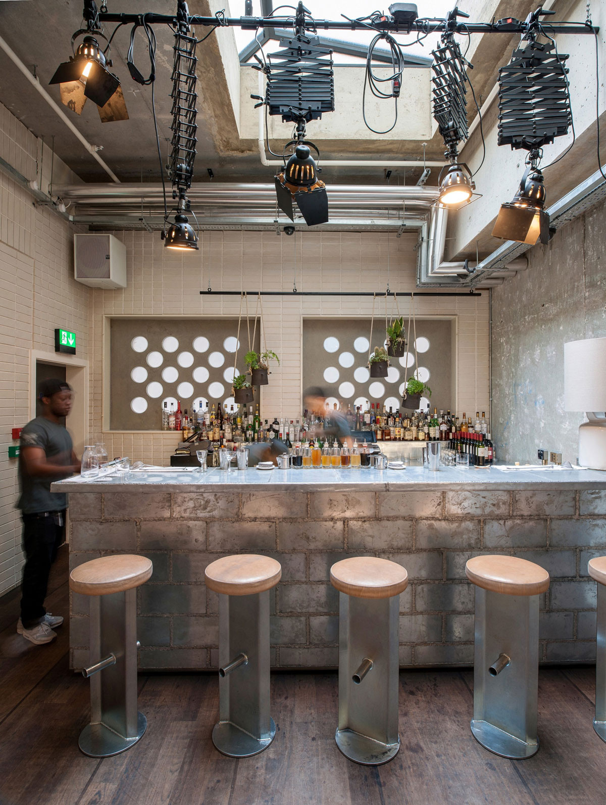 Gallery of ace hotel london universal design studio 16 for Ace hotel chicago design