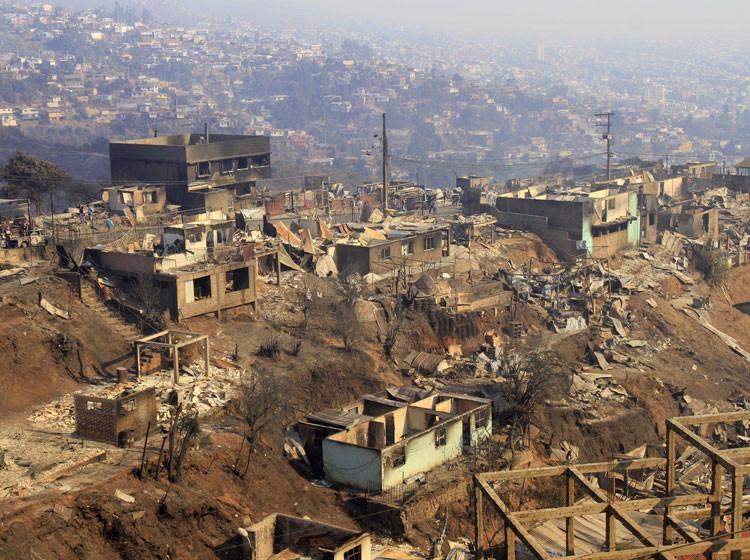 Incendio en Valparaíso y una ciudad levantada sin Arquitectos: ¿nos estamos enfocando en lo fundamental?, © M. Campos, Vía Soychile.cl