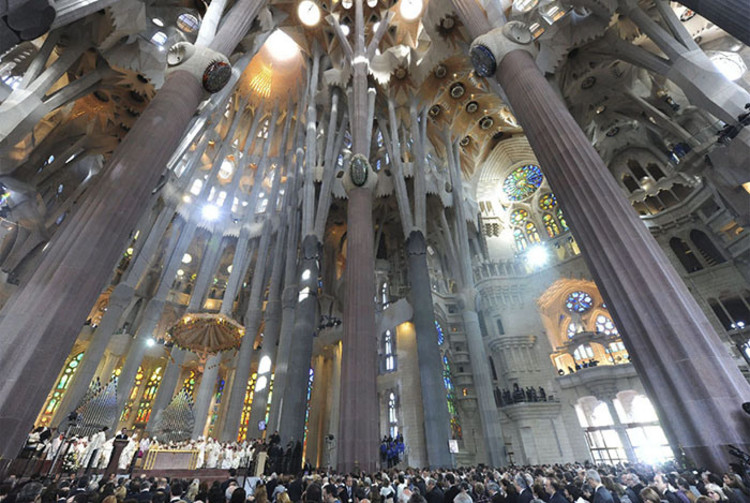 La Sagrada Familia por dentro en 35 fotografías